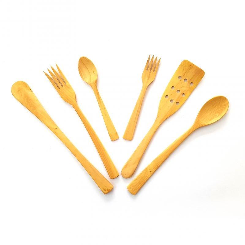 Juego de utensilios cocina madera boj palas y cucharas for Juego de utensilios de cocina
